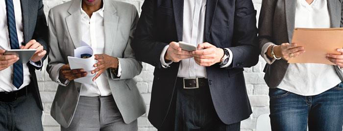 estamos conectados / personal branding / social media / guillem Recolons / shutterstock