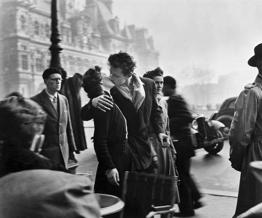 Le Baiser de l'Hétel de Ville. Robert Doisneau, 1950